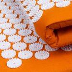 Kit d'acupression VITAL orange : Tapis d'acupression 74 x 44 cm orange + Coussin d'acupression 33 x 28 cm orange de la marque Bodhi image 6 produit