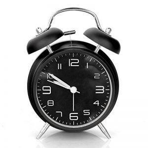Réveil métal à Double Cloche, Aodoor Petit Réveil Quartz avec la lumière de nuit, Grand cadran de 4 pouces avec alarme sonore, pas tic-tac et Silencieux Noir, 1*AA batterie alimenté (non fournie) de la marque Aodoor image 0 produit